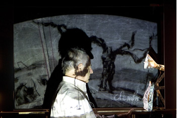 William kentridge black box chambre noire for Chambre 13 film