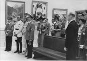 """Image showing the visit of the Italian Minister of People's Culture Dino Alfieri on the opening of the """"Grosse Deutsche Kunstausstellung"""" (16. Juli 1939). © Zentralinstitut für Kunstgeschichte, München, Photothek."""