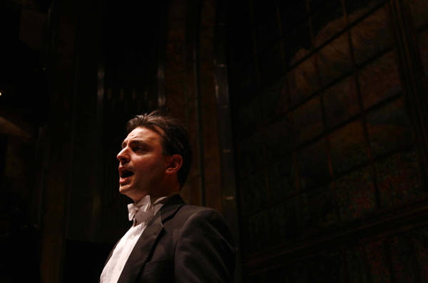 Pablo Helguera performing Quodlibet at the Palacio de Bellas Artes, Mexico City