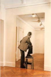 Michelangelo Pistoletto, &quot;Uomo col panchetto,&quot; 19621980.  Attilio Maranzano. Collection Giuliana et Tommaso Setari.