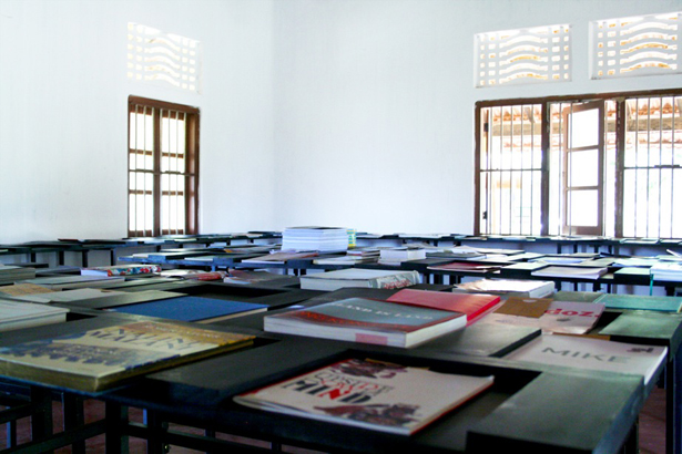 Asia Art Archive (AAA) and Raking Leaves present Open Edit: Mobile Library