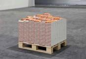 Thu Van Tran, Au plus profond du noir, 2013. Two thousand books and pallet in hevea wood, 85 x 90 x 90 cm. © Meessen De Clercq. Courtesy of the artist and galerie Meessen De Clercq, Bruxelles.