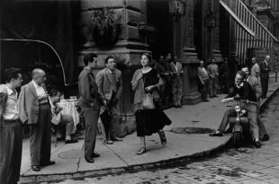 Ruth Orkin, American Girl in Italy,1951.